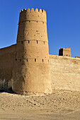 historic adobe fortification of the Al Hamoda Sheiks, Jaalan Bani Bu Ali Fort or Castle, Sharqiya Region, Sultanate of Oman, Arabia, Middle East