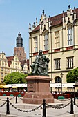 Monument to Alexander Fredro, Main Market Square, Wroclaw, Poland