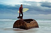 board, equipment, outdoor, sport, surf, surfer, wetsuit, A75-1189602, AGEFOTOSTOCK