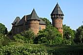 Germany, Krefeld, Rhine, Lower Rhine, North Rhine-Westphalia, D-Krefeld-Linn, castle Linn, moated castle, Middle Ages, Lower Rhine Museum