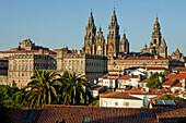 Cathedral of Santiago de Compostela, Camino Frances, Way of St. James, Camino de Santiago, pilgrims way, UNESCO World Heritage Site, European Cultural Route, province of La Coruna, Galicia, Northern Spain, Spain, Europe