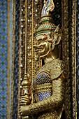 Mystical Tempel Guard in Wat Phra Kaeo in Bangkok
