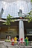 Singapore: mall along Orchard Road