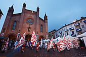 Flag-waver, Duomo San Lorenzo, Palio, Alba, Langhe, Piedmont, Italy