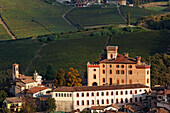 Castello, Barolo, Langhe, Piedmont, Italy