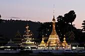 Wat Jong Klang and Wat Jong Kham at Sunset, Mae Hong Son, Northern Thailand, Asia