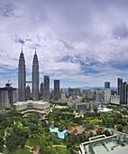 Petronas Towers with City Centre Park, 452 Meters high, architect César Antonio Pelli, Kuala Lumpur, Malaysia, Asia