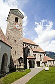 Schenna Scena near Meran Merano with parish church Maria Aufnahme Schenna is one of the most popular destinations in South Tyrol Europe, Central Europe, Eastern Alps, South Tyrol, Italy, May 2010