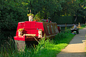 Narrow boat moored on Grand Union Canal, Market Harborough, Leicestershire, UK - England