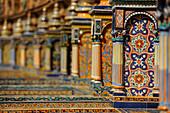 Bunte Mosaik, Plaza de España, Sevilla, Provinz Sevilla, Spanien, Mediterrane Länder
