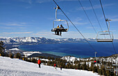 People on the slopes at ski area Heavenly at the southern Lake Tahoe, North California, USA, America
