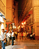 Nightlife on the street c/los Estebanes, Tapas bars, Saragossa, Aragon, Spain