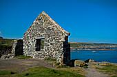 Ruine oberhalb des Hafens von Portsoy, Aberdeenshire, Schottland