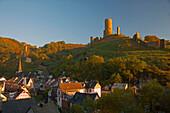 View at Monreal, Löwenburg (Big castle), Rech, Half-timbered house, Eifel, Rhineland-Palatinate, Germany, Europe