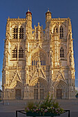 West facade of the Saint-Vulfran Cathedral, Abbeville, Detail, Dept. Somme, Picardie, France, Europe