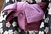 Wide Belt (Obi) Tied Around the Cotton Kimono (Yukata) with a Knot at the Back, Japan, Asia