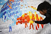 Australie, Sydney, Mural painting during the World Youth day.