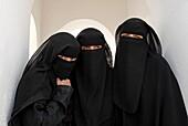 YEMEN, AL HOTEIB, Muslim women