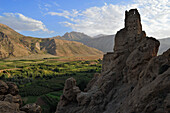 Ruin of an old fortress above Agouti village, Ait Bouguemez, High Atlas, Morocco, Africa