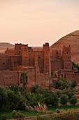 Kasbah Ait Benhaddou, Ait Benhaddou, Atlas Mountains, South of the High Atlas, Morocco, Africa