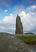 Menhir with cross on top, Menhir de Men Marz, Brignogan Plage, Finistere, Bretagne, France, Europe