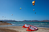 Kitesurfing, Badia de Pollenca, bay of Pollenca, beach, Mallorca, Balearic Islands, Spain, Europe