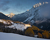 View of Puster valley, Bannberg and Spitzkofel at sunset, Lienzer Dolomiten, Tyrol, Austria, Europe