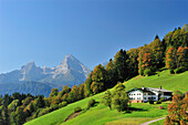 Farmhouse with Watzmann, Berchtesgaden Alps, Berchtesgaden, Upper Bavaria, Bavaria, Germany