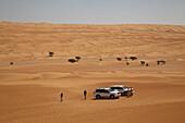 Muscat Desert Adventures 4WD vehicles, Wahiba Sands desert, Bidiya, Ash Sharqiyah, Oman, Arabian Peninsula