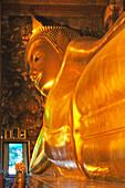 Giant Reclining Buddha, What Po, Bangkok, Thailand, Asia