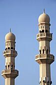 Bahrain, Manama, Abu Bakr al-Sadiq mosque, minarets
