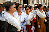 France, Provence Alpes Cote D'Azur, Bouches du Rhône (13), Arles, Arlesienne, Costume festivity