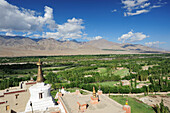 Stupa with view to valley of Indus, monastery of Shey, Leh, valley of Indus, Ladakh, Jammu and Kashmir, India