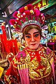 Temple of the Dragon Leng Nuey Yi  A play to make an offering  Chinatown  Bangkok, Thailand, Southeast Asia, Asia