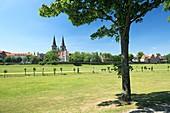 Germany, Xanten, Rhine, Lower Rhine, North Rhine-Westphalia, NRW, panoramic view, Saint Victor Cathedral, basilica minor, abbey church, priory church, catholic church, Gothic, Late Romanesque style, charterhouse Xanten, former Carthusian monastery