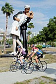Florida, Sarasota, Bayshore Park, Kiss Statue, Unconditional Surrender, sailor, nurse
