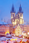 architecture, Bohemia, building, Christianity, Christmas, church, city, Czech, decoration, Europe, gothic, historic, illuminated, landmark, lighting, market, old, people, Prague, republic, square, tower, town, tradition, tree. architecture, Bohemia, build