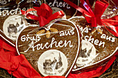 Gingerbread hearts depicting the Aachen cathedral, Aachen, North Rhine Westphalia, Germany