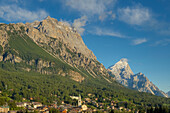 View on Cortina d'Ampezzo with Sorapis and Antelao in the evening light, Belluno, Italy, Europe