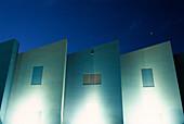 Aussen, Beleuchtet, Farbe, Gebäude, Geometrie, Haus, Horizontal, Lichter, Nacht, Niemand, Zeitgenosse, L77-625432, AGEFOTOSTOCK