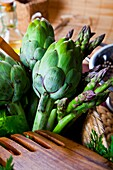 antioxidant, antipasto, Artichoke, Color image, cool, diet, dinner, flavour, food, Food and drink, healthy food, lunch, meal, nutrition, organic, preparation, prepared, salad, shopping, snack, study, vegetarian, M02-1268046, AGEFOTOSTOCK