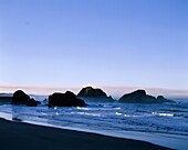 beach, coast, coastline, dusk, evening, inspiration. America, Beach, Coast, Coastline, Dusk, Evening, Holiday, Inspirational, Landmark, Meyer, Northwest, Ocean, Oregon, Pacific, Roc