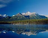 Alberta, Banff, Canada, Herbert, lake, mountains, n. Alberta, Banff, Canada, North America, Herbert, Holiday, Lake, Landmark, Mountains, National, Park, Reflect, Reflection, Tourism