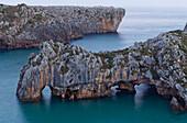 Playa de Cuevas del Mar, rock formation, caves, rock arch, coast, Atlantic ocean, near Ribadesella, Camino de la Costa, Camino del Norte, coastal route, Way of Saint James, Camino de Santiago, pilgrims way, province of Asturias, Principality of Asturias,