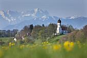 View over Holzhausen towards the Zugspitze mountain, Spring, Holzhausen am Starnberger See, Upper Bavaria, Bavaria, Germany