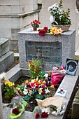 Jim Morrison tomb Pere Lachaise cemetery Paris France