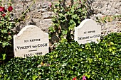 Vincent and Theo van Gogh´s graves in Auvers-sur-Oise, France
