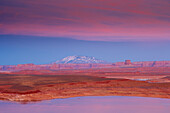 Lake Powell, Wahweap Bay, Navajo Mountain and Tower Butte in the afterglow, Glen Canyon National Recreation Area, Arizona and Utah, USA, America