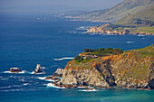View of Pacific coast near Bixby Bridge, Pacific Ocean, Highway 1, California, USA, America
