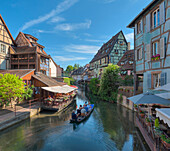 The Lauch river between half timbered houses, Little Venice, Colmar, Alsace, France, Europe
